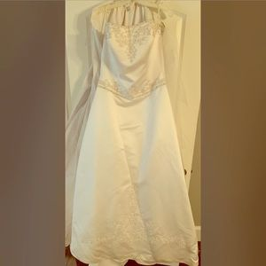 Michaelangelo Wedding dress and veil